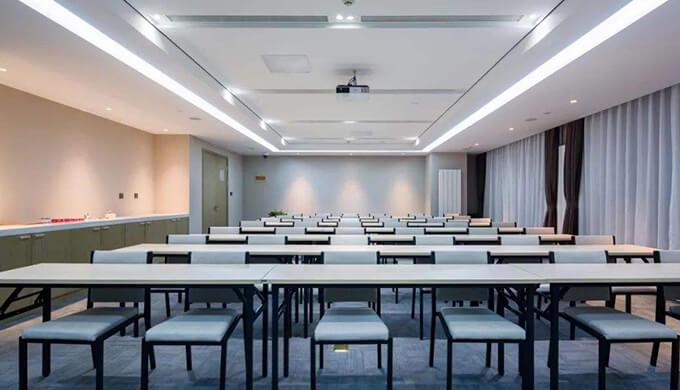上海办公室装修会议室
