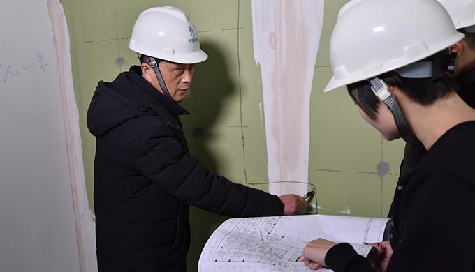 上海办公室装修施工中涂底漆的重要性