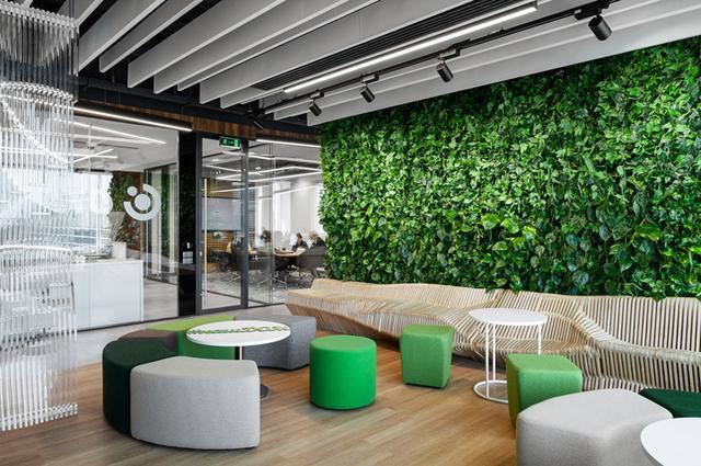 上海景观式办公室装修设计